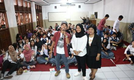 Pentingnya Mengoptimalkan Sosial Media sebagai Saluran Karya | Tri Prasetyo