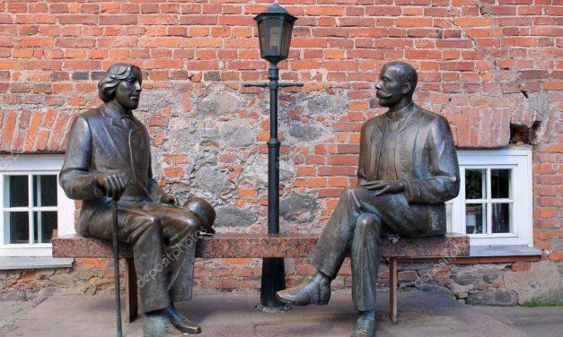 Pergulatan Dua Penulis | Cerpen Ramli Lahaping